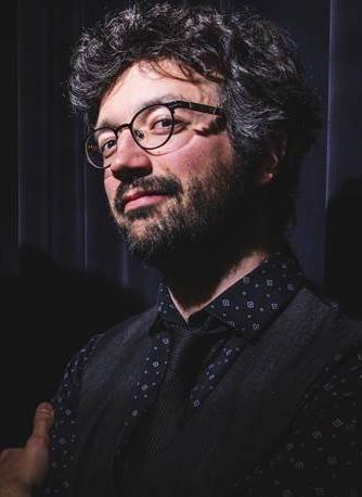 Yann Falquet talks and plays squeezebox