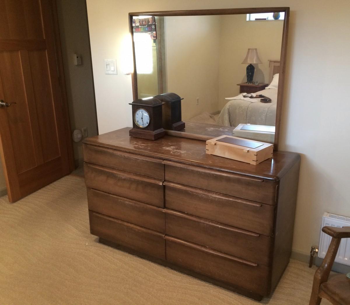 HEYWOOD WAKEFIELD Dresser & Mirror Set.